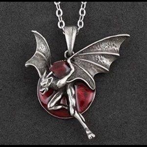 Jewelry - 🖤🦇Gargoyle with blood moon necklace